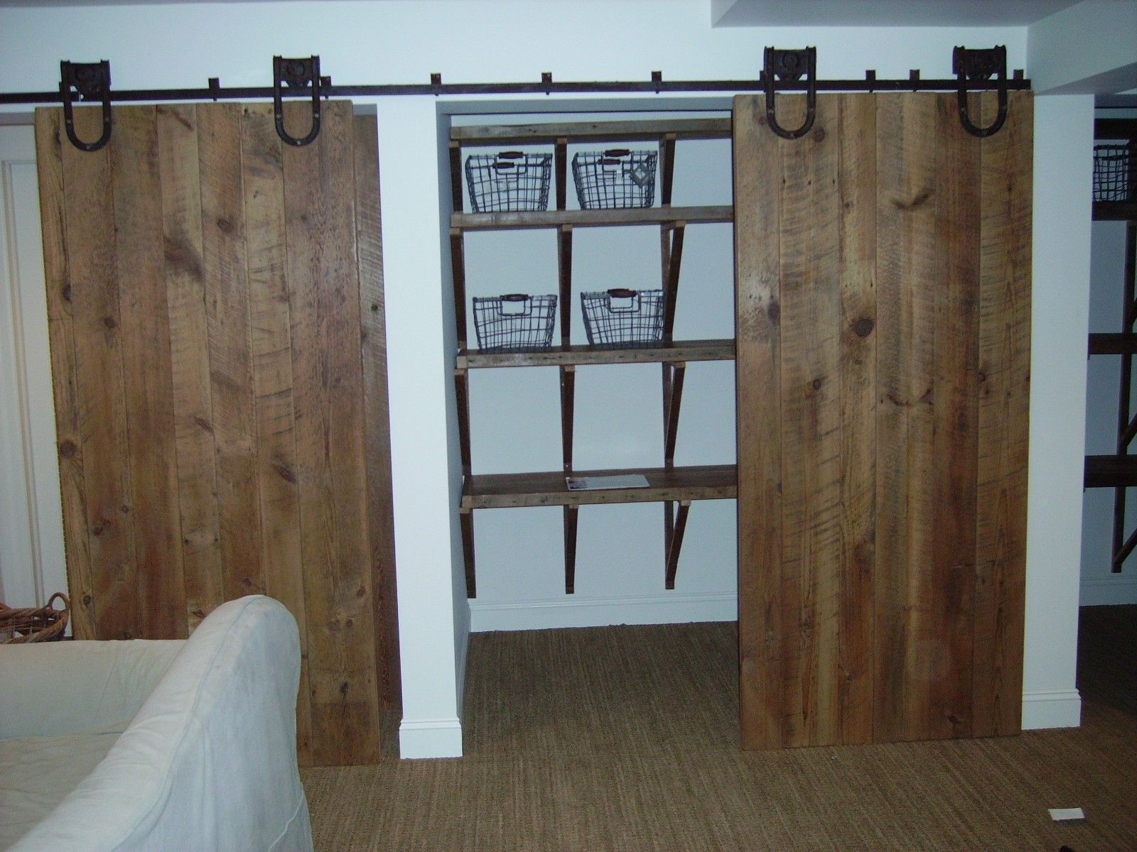 Barn Doors For Closets That Present Rustic Outlooks In