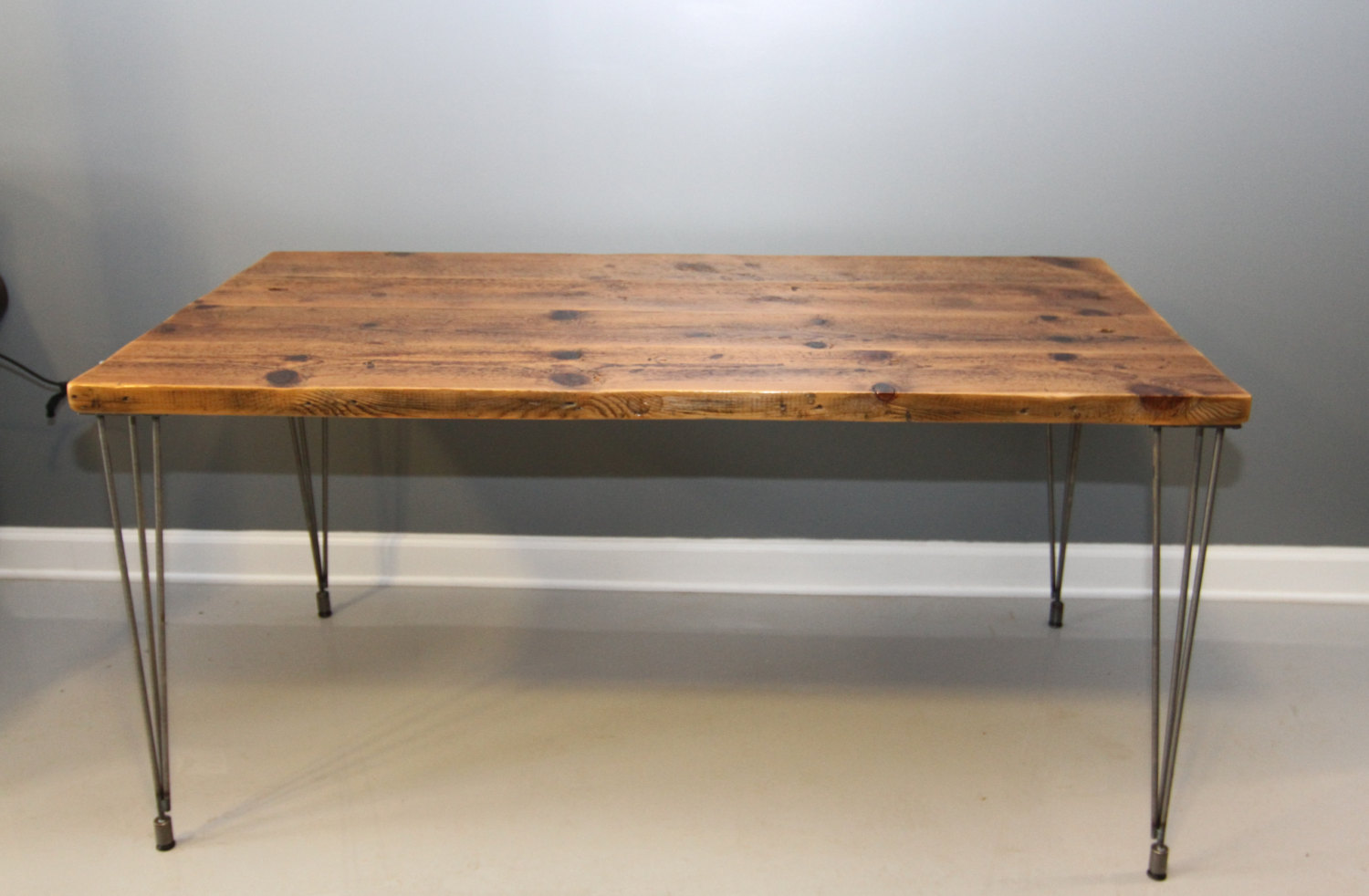 Wood desk tops that present rustic and traditional for Metal desk with wood top