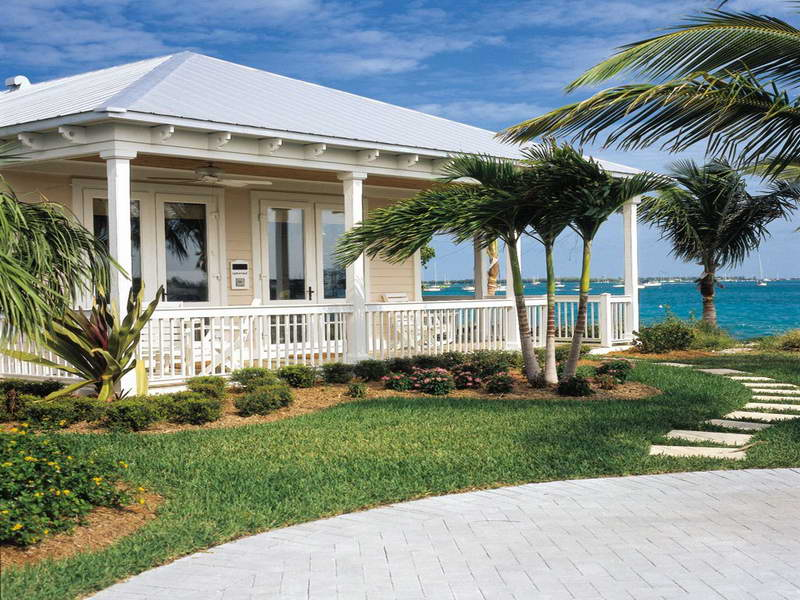 Perfect Tropical Home Design With Large Porch In Key West Style