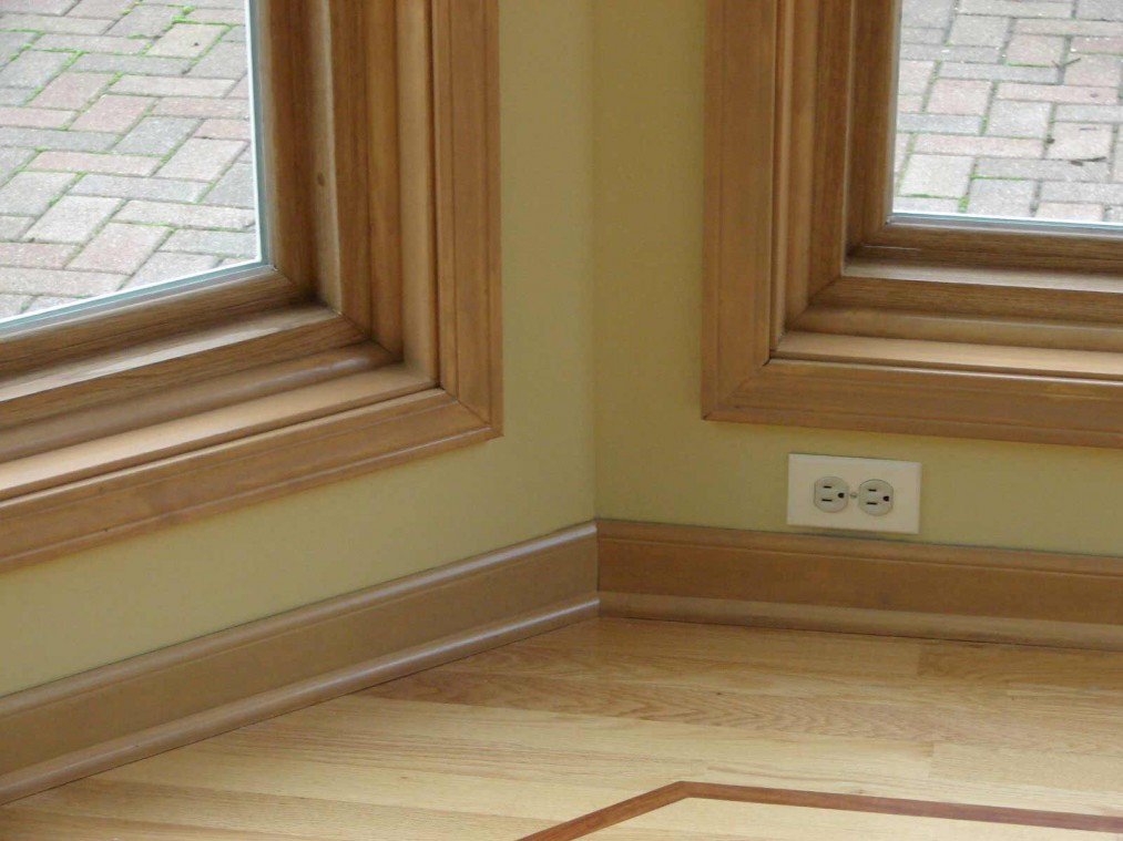 The baseboard styles that maintain the visual attraction for Type of paint for trim