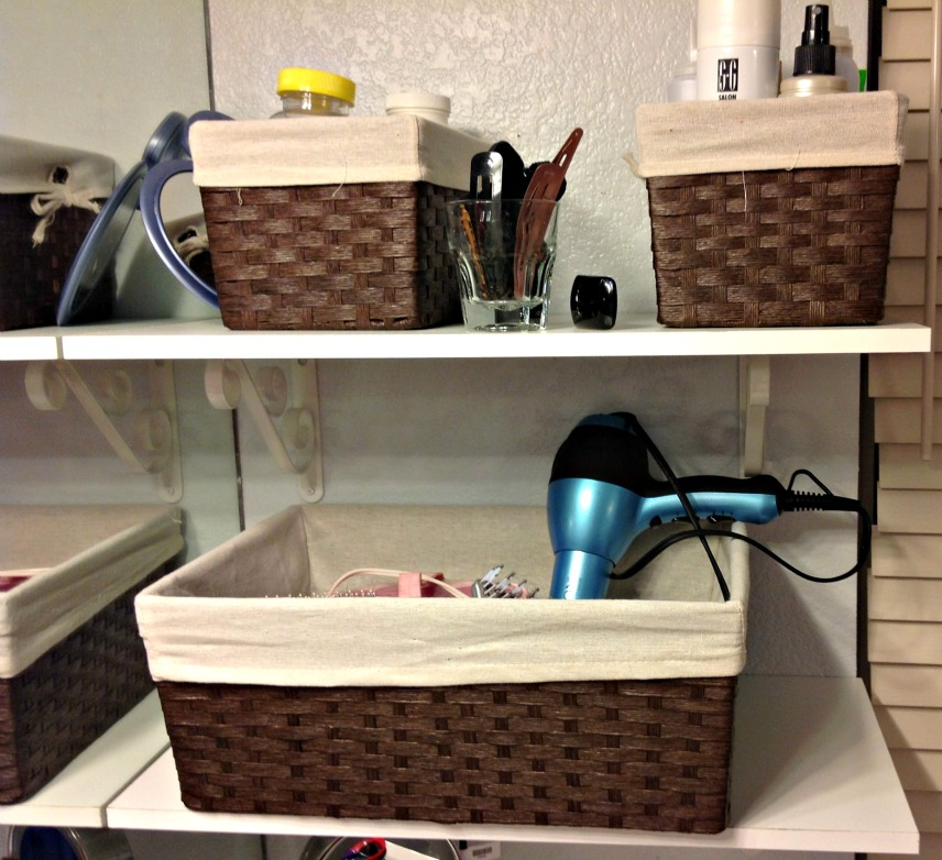 Dining Room Storage Ideas To Keep Your Scheme Clutter Free: Vanity Organization Ideas: The Instant Tricks