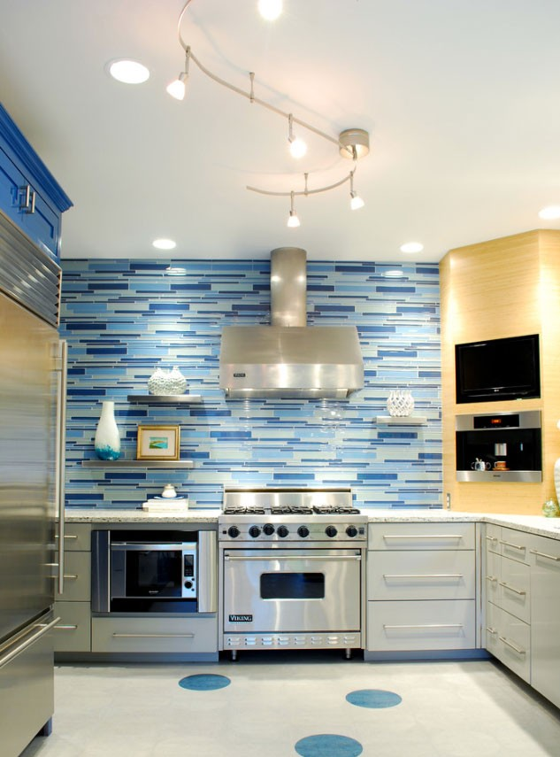 Inspiring Blue Kitchen Décor Ideas HomesFeed Simple White Kitchen Remodel Concept Decoration