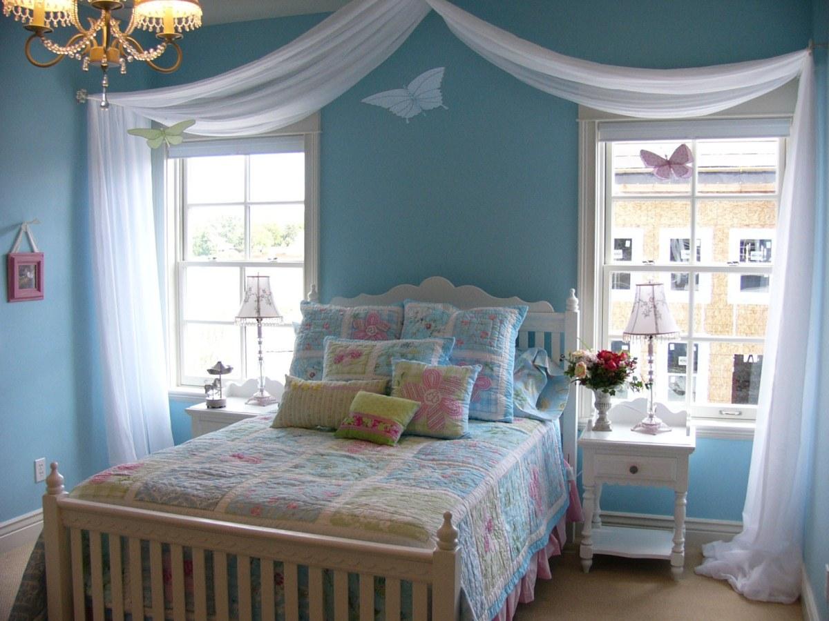 coastal themed bedroom bedroom design in beach theme blue beach wall paint luxurious pendant chandelier blue