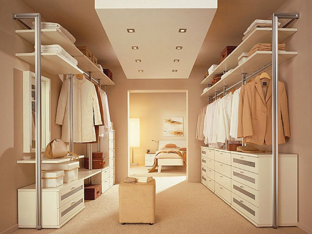 Contemporary Recessed Light Fixtures And Standing Fixture For Closet Room