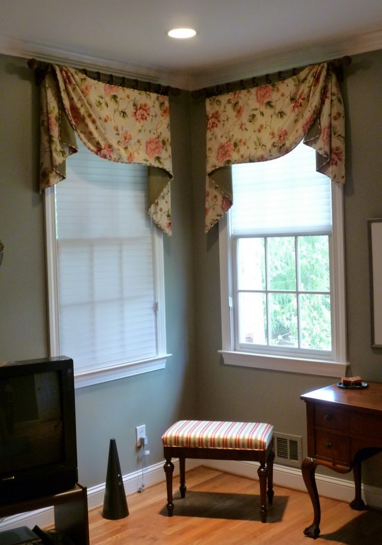 Corner window curtains styles of decorating ideas homesfeed - Window treatment ideas pictures ...