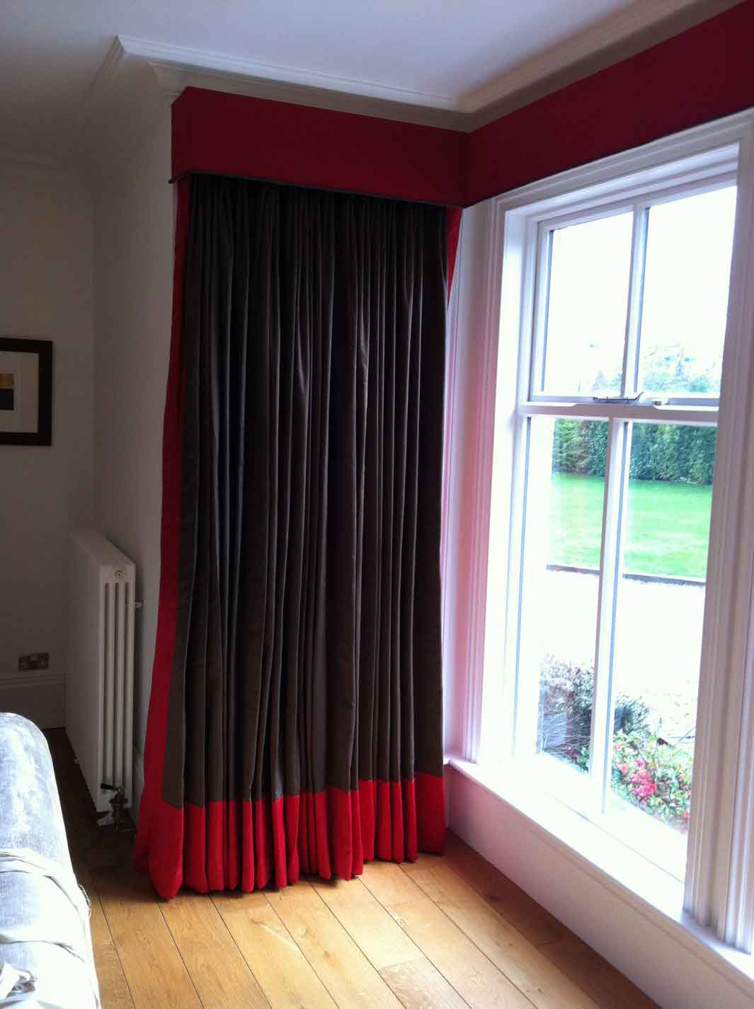 Elegant And Modern Black And Red Curtain For Corner Windows Wood Planks  Floor System Glass Window