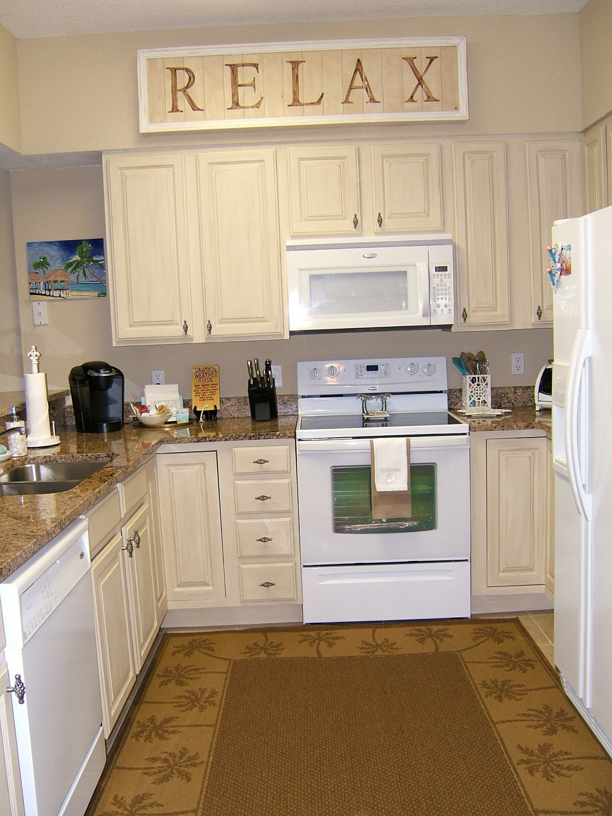 Awesome Jute Brown Kitchen Rug In Full Length Size A Corner And Small Kitchen Set  With Cream