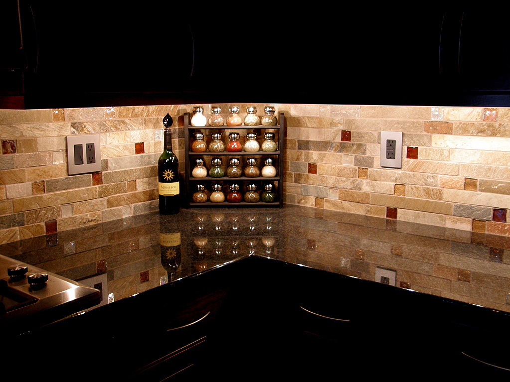 Kitchen Backsplash In Rustic Style A Corner Shelves For Storing Small Containers Luxurious Black Counter