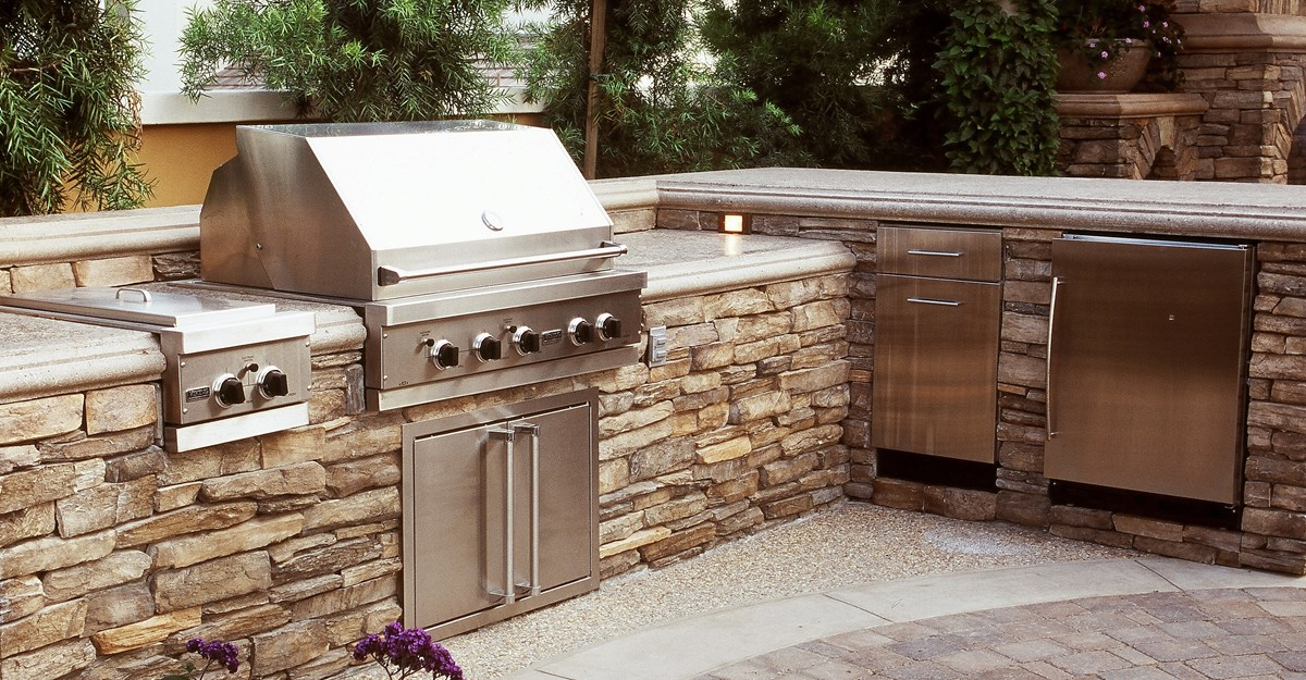 Etonnant L Shape Outdoor Countertop With Large Gas Stove