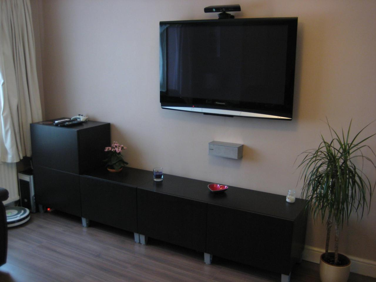 Mounted tv ideas how to decorate them beautifully homesfeed Interior design ideas for led tv