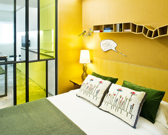 Yellow wall paint to create cheerful and fraesh nuance in for Yellow painted rooms