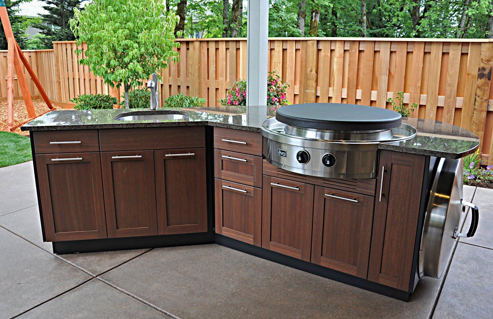 Best Outdoor Countertop Ideas | HomesFeed