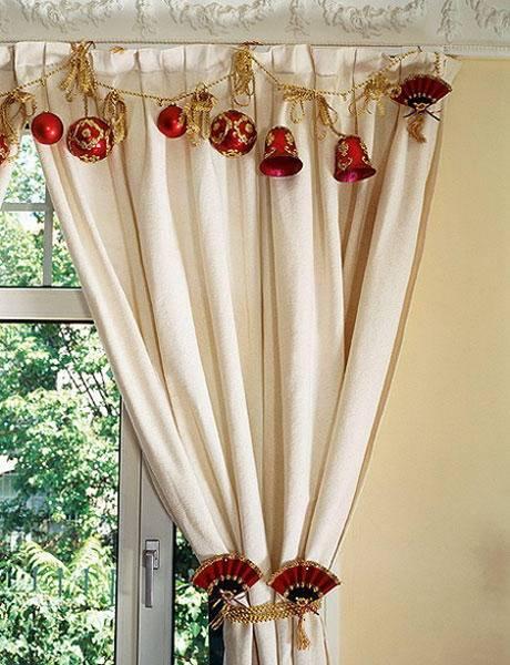 Christmas Window Decoration Ideas – HomesFeed