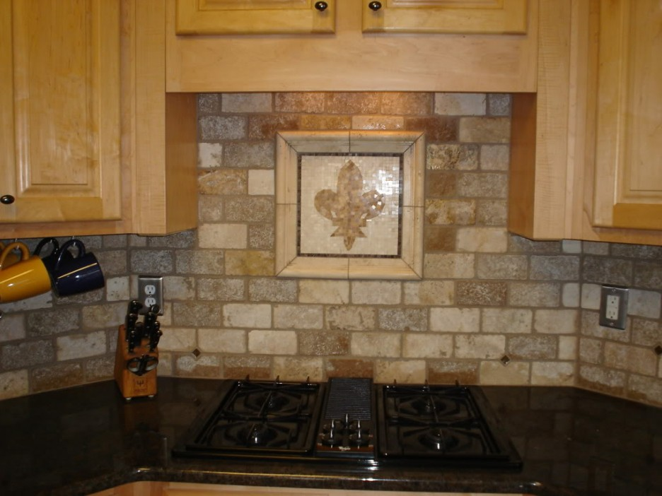 Rustic Kitchen Backsplash Idea With Decoration In The Center A Gas Stove  Wooden Cabinets Black Kitchen