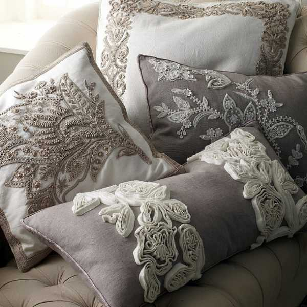 Pillows Decorative On Couch Mixing Patterns
