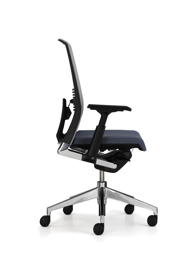haworth very task chair that offers the comfy home office space