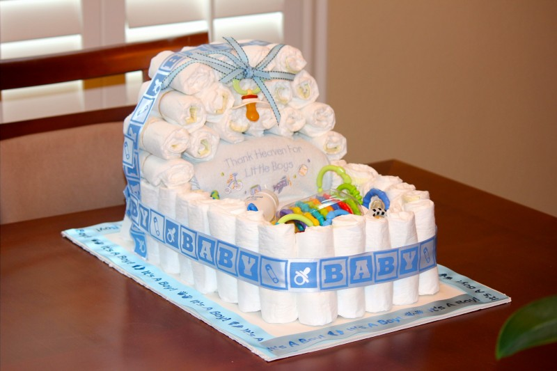 Baby boy shower centerpieces for tables that will be the for Baby shower cake decoration idea