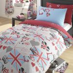 bedroom ideas for teen with duvet covers for teens plus simple wooden nightstand and wooden floor plus cute teen curtain