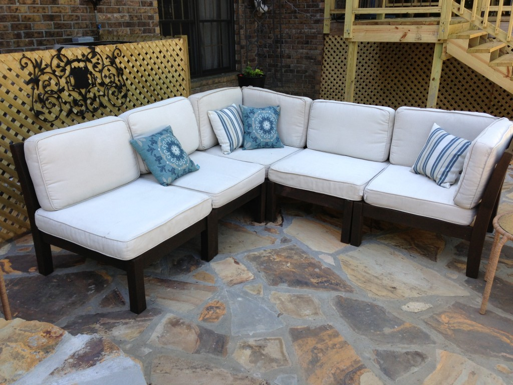 Diy outdoor couch sofa frame - Classic White Pottery Barn Couch Design With Black Wooden Frame And Cream Wooden Cane Board Accent