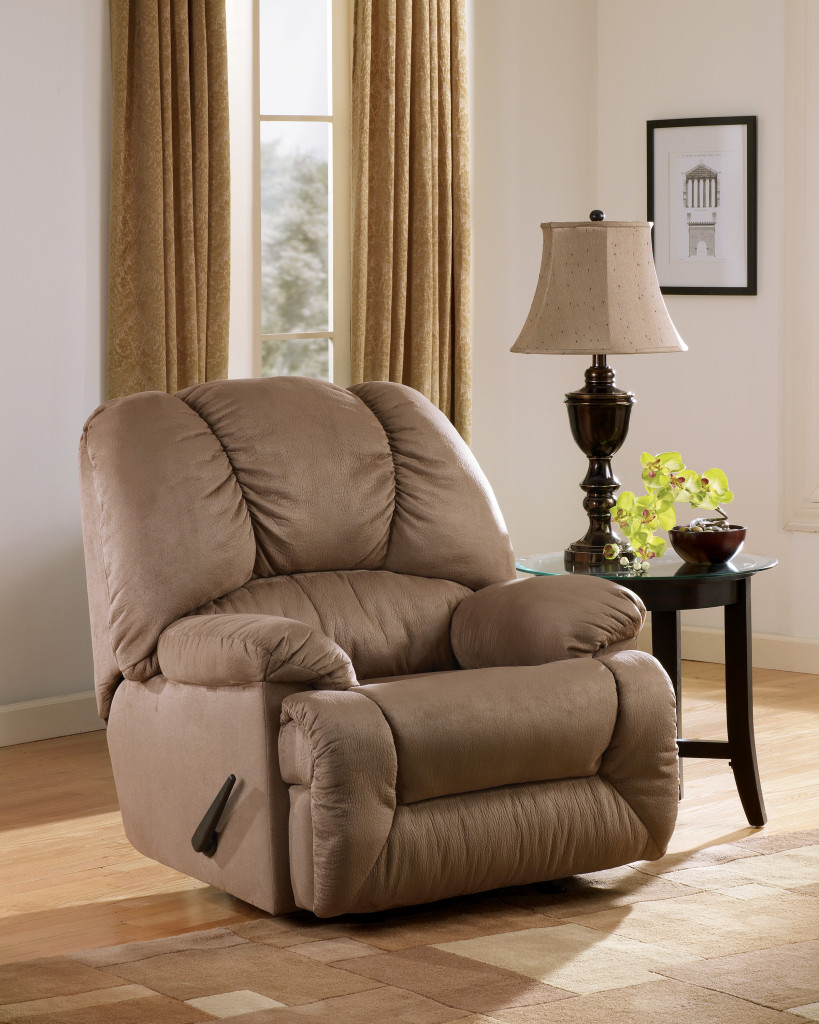 Recliners that look like chairs - There Are Some Benefits Why You Should Consider Decorating Recliner Chairs That Don T Look Like Recliners As Your Home Furniture