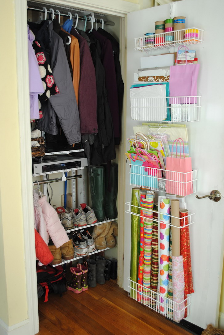 Easy Closet Organization Ideas For Small And Hanging Rod Rack Organizer Attached On The