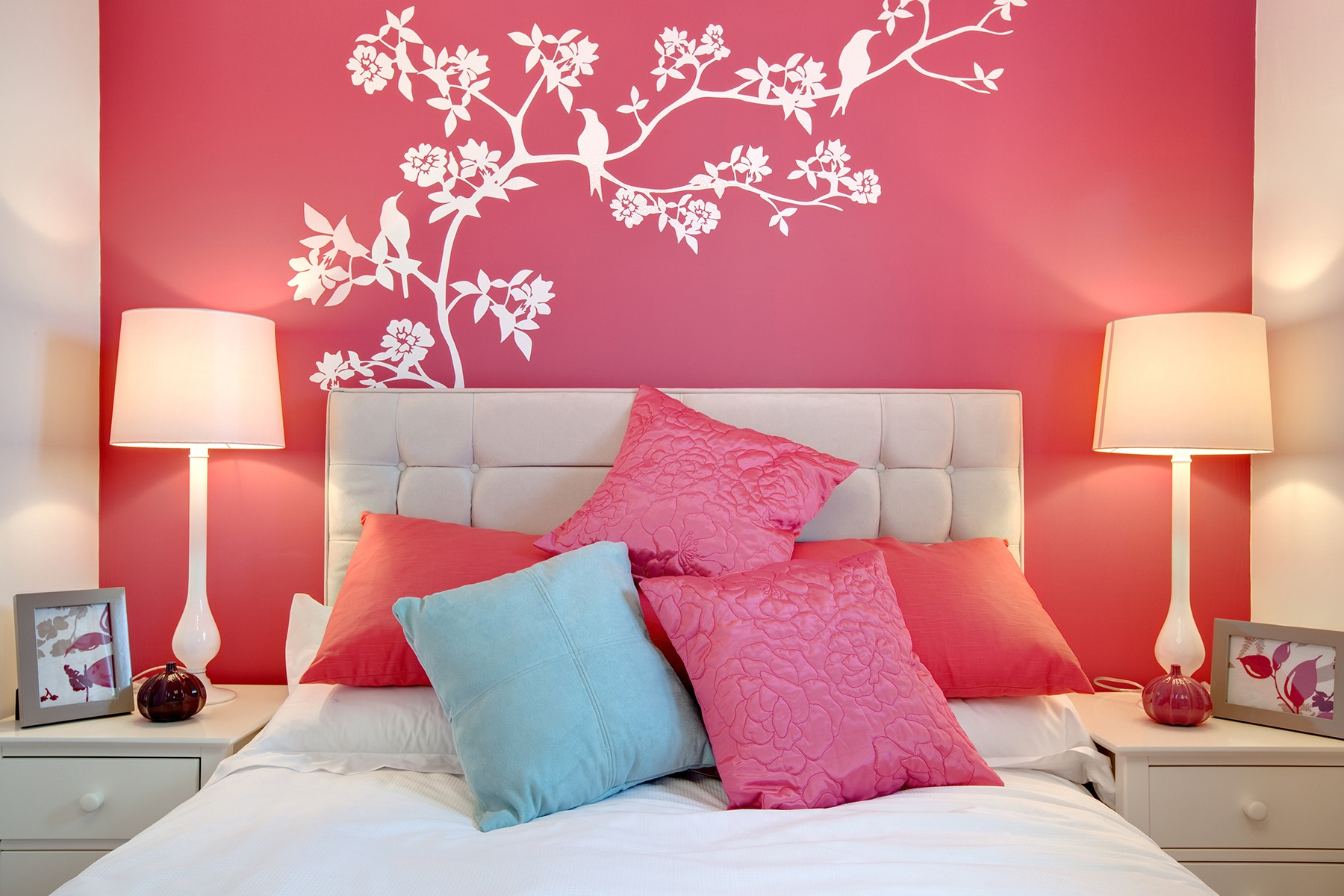 protect your interior from stain with washable paint for wall