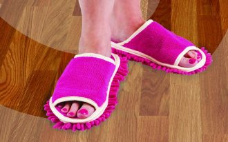 fashionable new best dust mop design in pink color in the slipper mode with white accent to sweep hardwood floor