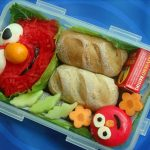 fun snack ideas for parties  elmo bento with bread and vegetable plus sun maid raisins