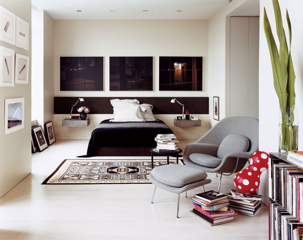 Womb chair living room - Gray Womb Chair Reproduction With Ottoman Decorated In Stunning Bedroom Ideas With Wall Mounted Nightstand And