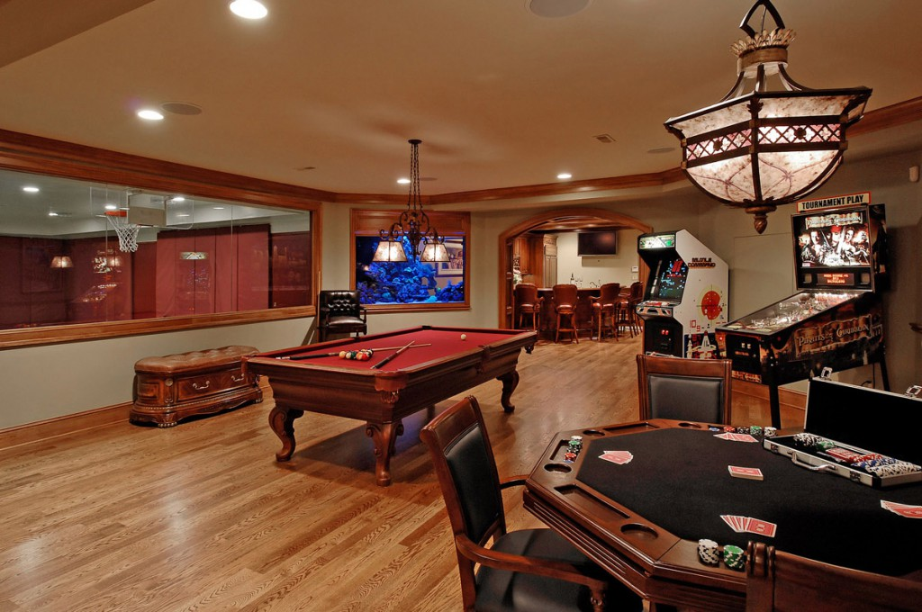 A game room for adult that will make your leisure time Cool gaming room designs
