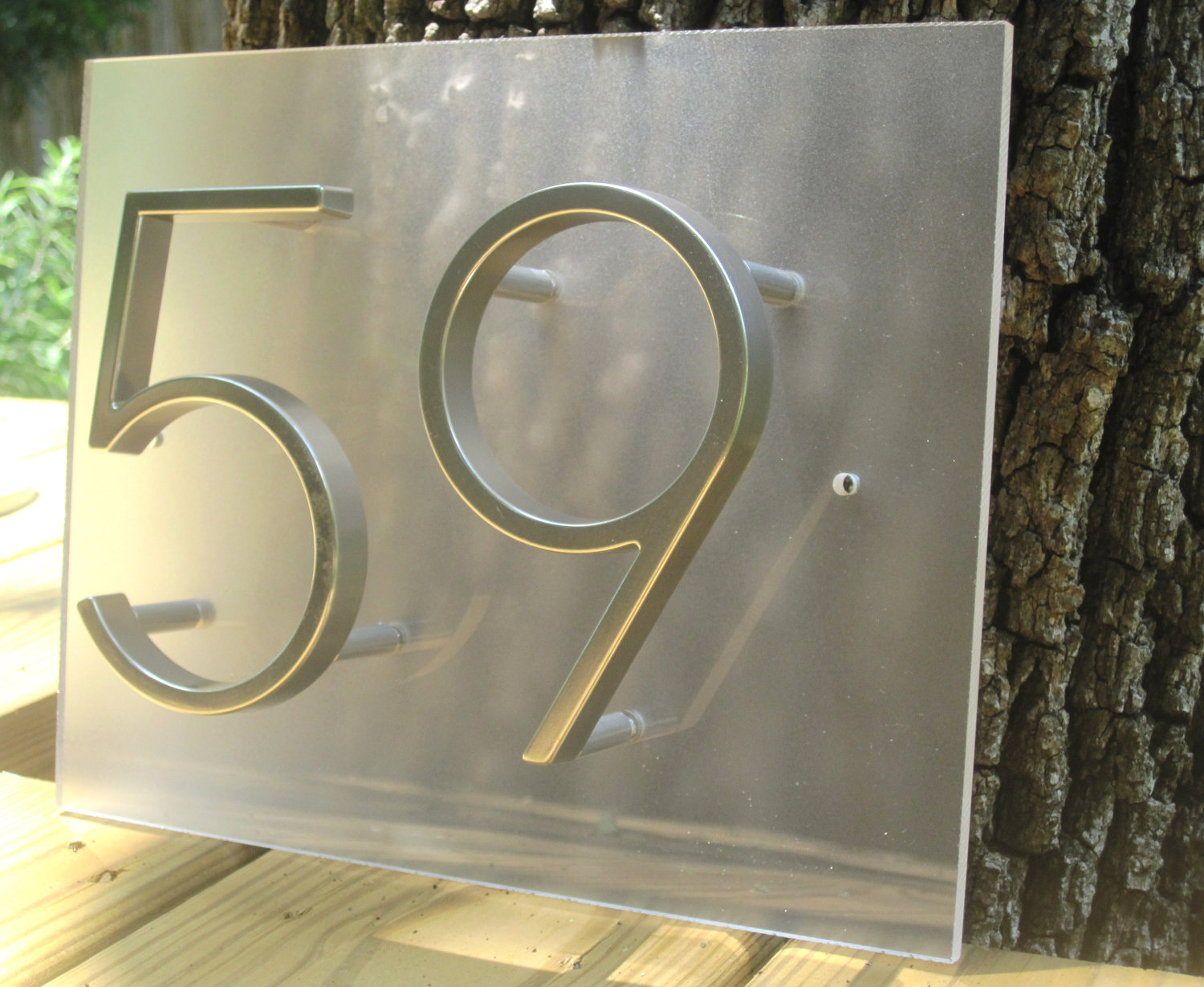 The best shape and style of address plaques for homes that for Minimalist house numbers