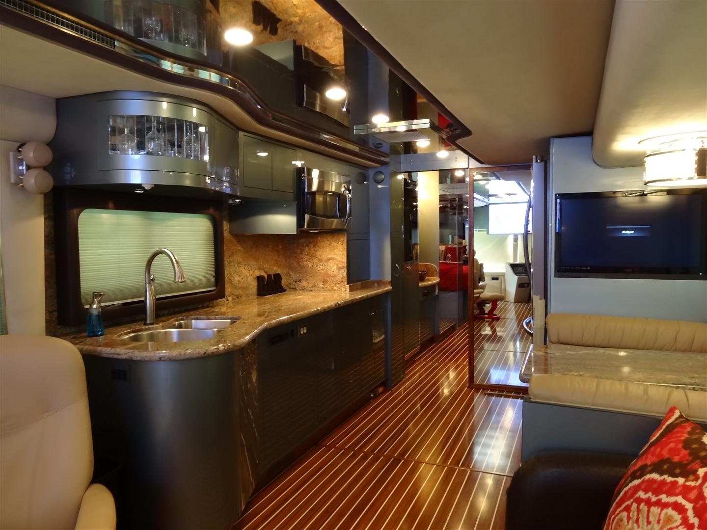 Stunning rv interior design homesfeed for All about interior decoration