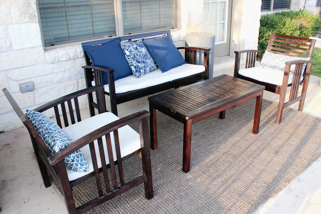 Make an exciting zone in your patio with world market outdoor rugs homesfeed for Exterior polyurethane for decks