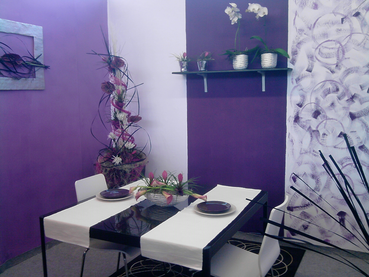 Purple Paint Color For Modern Dining Room Light And Bold Purple Wall Paint  Style A Pair