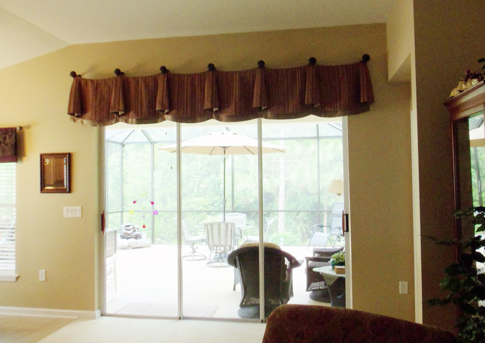 window valance for sliding door that will present. Black Bedroom Furniture Sets. Home Design Ideas