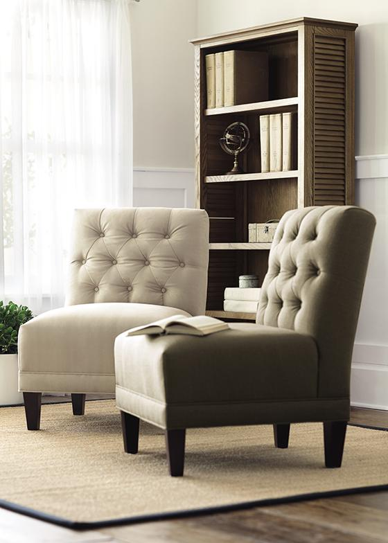 Criterion of comfortable chairs for living room homesfeed for Comfortable living room sets