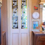 Beautiful Stained Interior Door Design With Artistic Motif