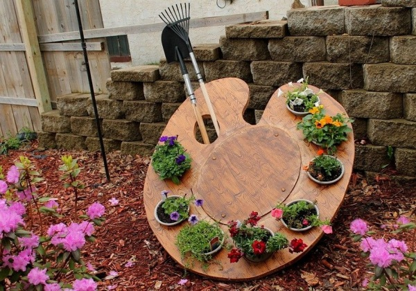 Garden Ideas Magazine superb sample of garden ideas south africa garden ideas magazine for making perfect living space Creative And Cool Mini Garden Idea With Water Paint Board As The Media