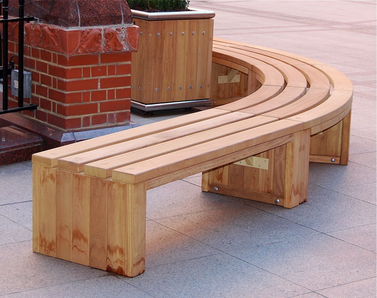 Curved wooden bench for garden and patio homesfeed for Outdoor furniture benches