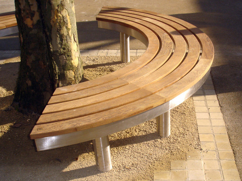 Wooden Patio Bench ~ Curved wooden bench for garden and patio homesfeed