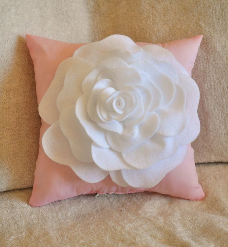 Light Pink Pillow Gives The Nuance Of Lovely Scandinavian Homesfeed
