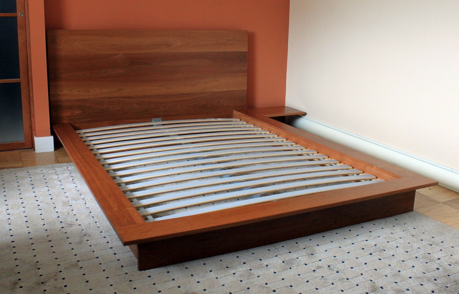 Low profile bed frame queen homesfeed - Images of bed design ...