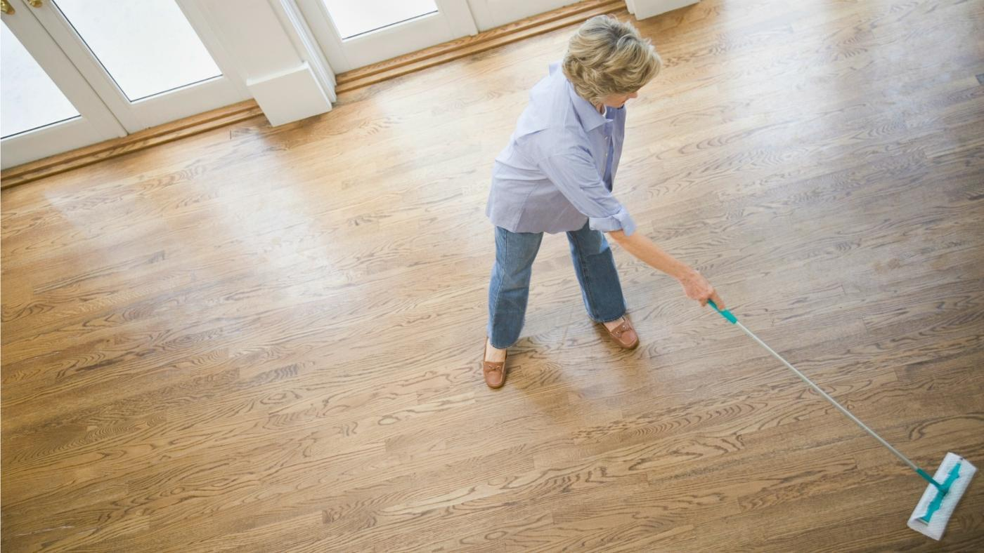 Four best mops for hardwood floors homesfeed for Floor cleaning