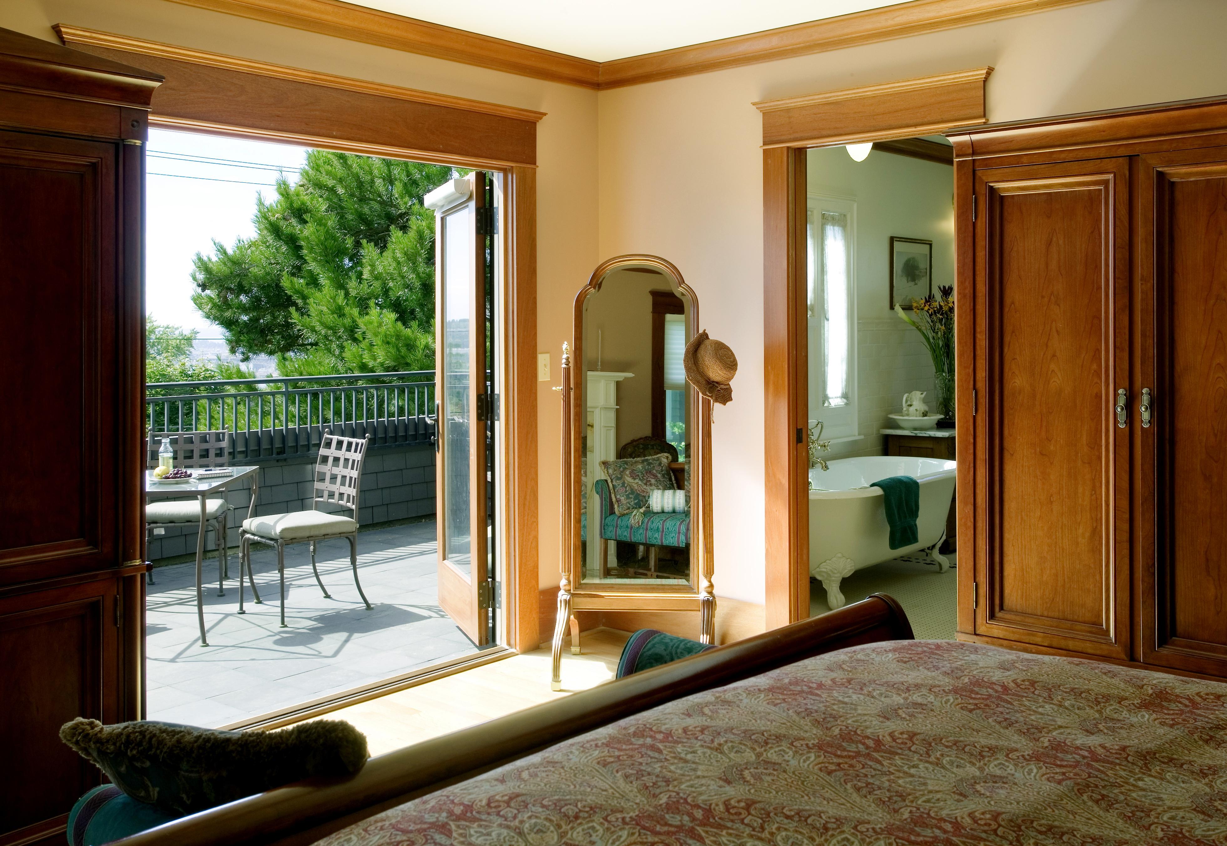 Beautiful Bedroom Balcony Ideas - HomesFeed