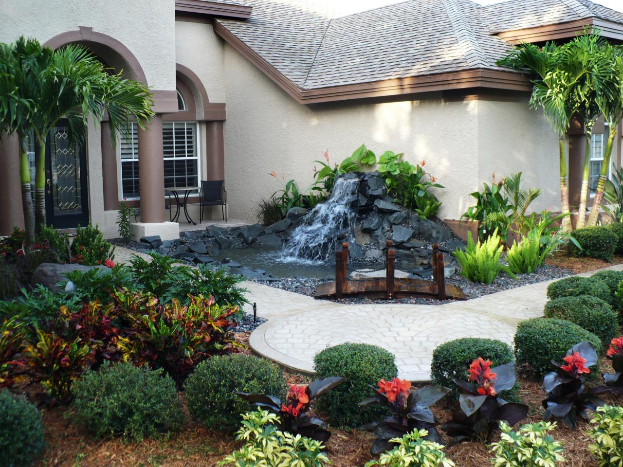 Front yard fountain takes the best water feature for House garden pics