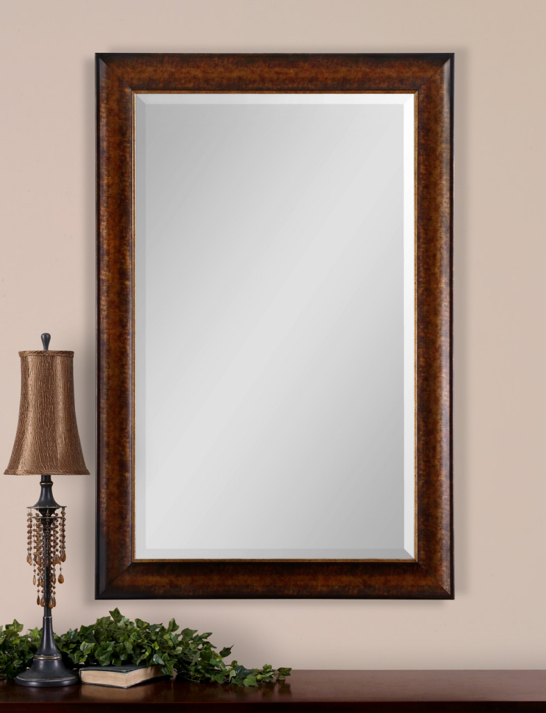 Some bevelled floor mirrors that add luxury for every for Floor mirror white frame