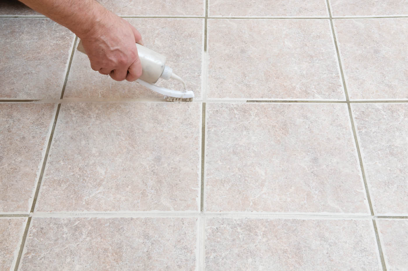 Simple routines to cleaning ceramic tile floors homesfeed cleaning ceramic tile floors grout cleaning with toothbrush for clean ceramic tile floors dailygadgetfo Image collections