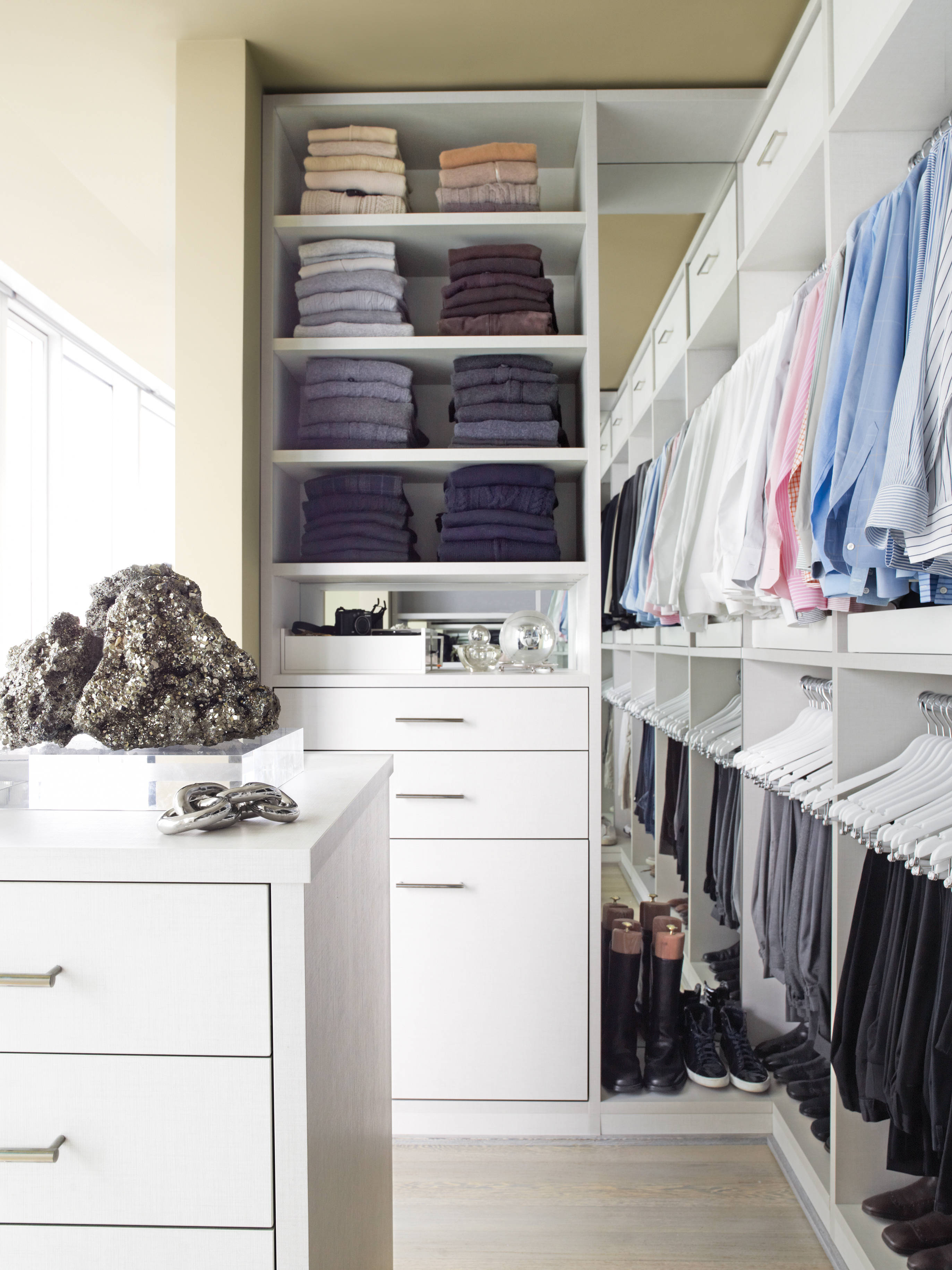 Closet organizers for small closets homesfeed Pictures of closet organizers