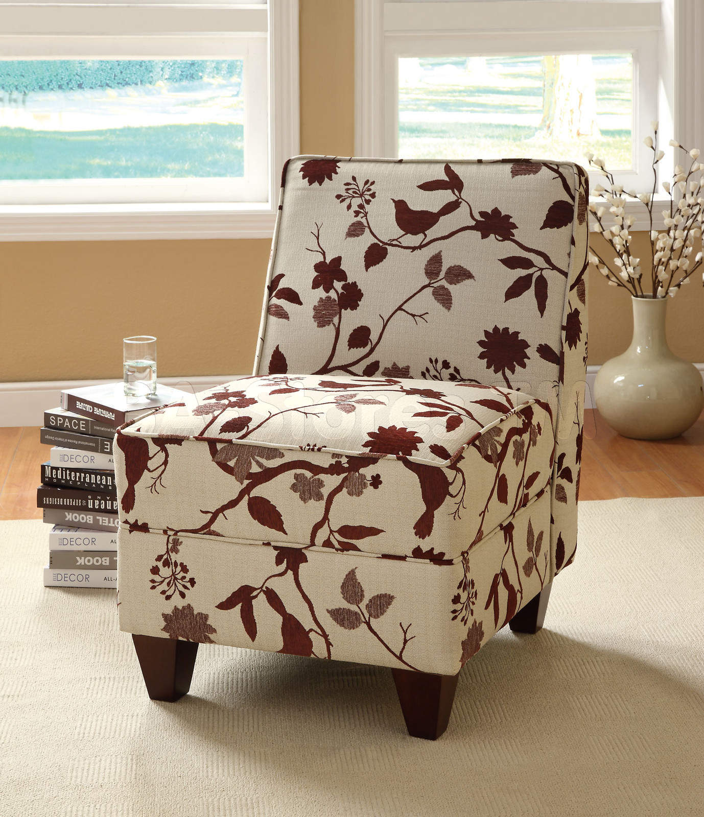 Top 4 comfortable chairs for living room homesfeed for Patterned living room chair