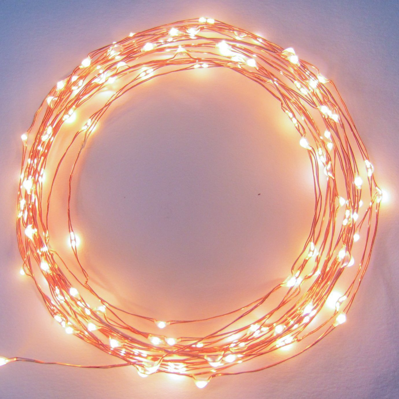 string light in the bedroom – playing creativity with shapes
